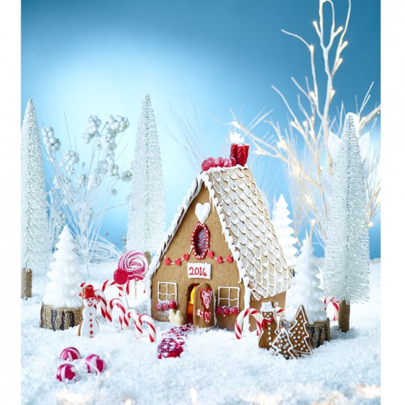 Winter Wonderland Gingerbread House Good Housekeeping